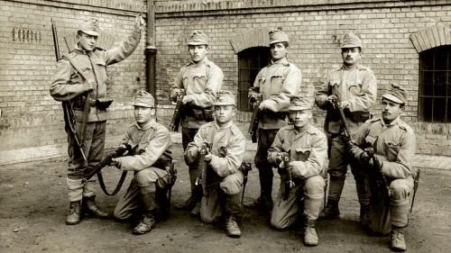חיילים צעירים בצבא האוסטרו-הונגרי (צילום: ארכיון)