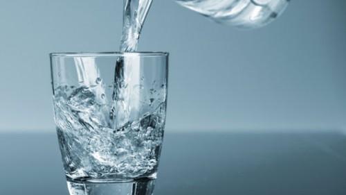 אל תחסכו במים. צילום: Shutterstock