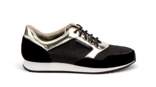 נעליים לגבר מבית יונייטד ניוד