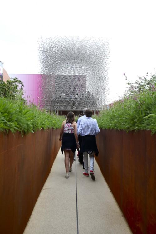 נכנסים למסע. הביתן הבריטי בתערוכת Expo (צילום: Daniele Mascolo)