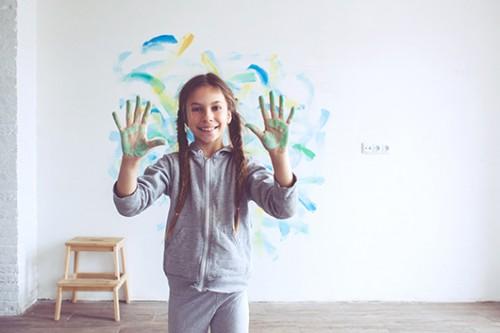 מקשקשים על הקירות. צילום: Shutterstock
