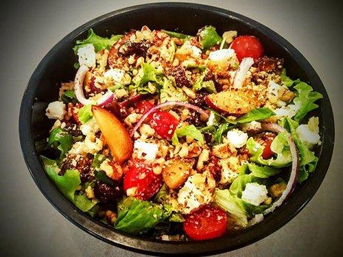"""Chef Salad. צילום: יח""""צ"""