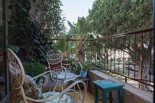 הדירה של יואב ריש ויעקב בן-שמש. צילום: נמרוד סונדרס