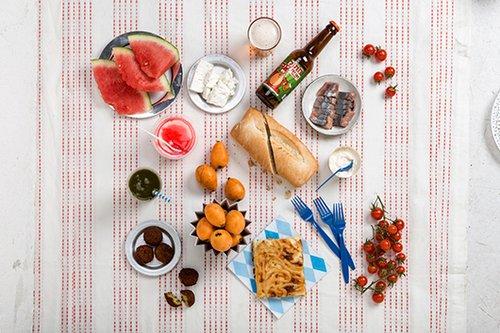 סלסלת הפיקניק של מסעדת האחים– הכי משתלם.צילום: איליה מלניקוב.