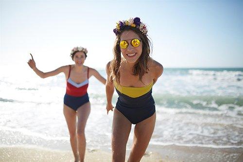 עד 30 אחוזי הנחה על בגדי הים של Beacha. צילום: אופיר אייב