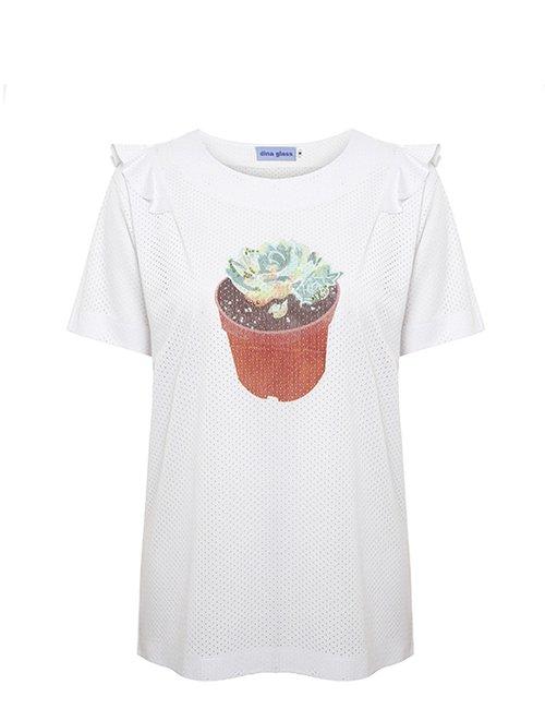 חולצה של דינה דלס. צילום: ולרי בלקינד
