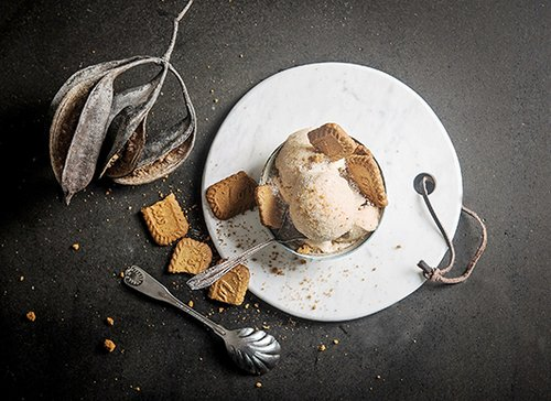 מסוגנן. גלידת סויה קרמל של אניטה (צילום: בן יוסטר)