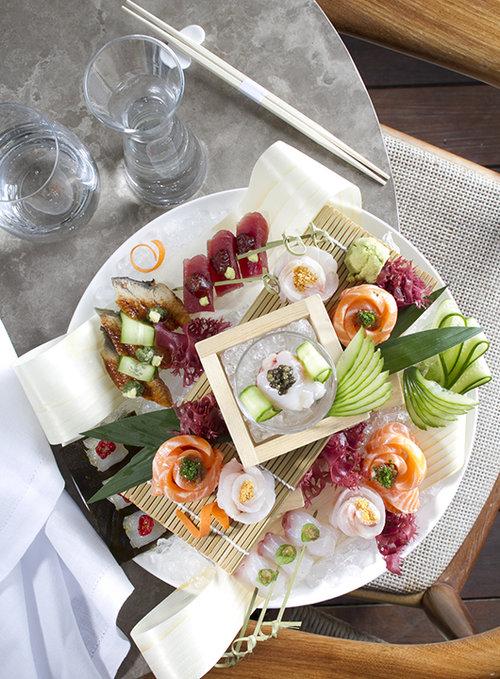 DININGS. צילום: אנטולי מיכאלו