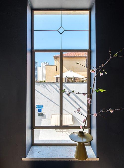 בדירה של גרגורי ישראל אבו. צילום: נמרוד סונדרס
