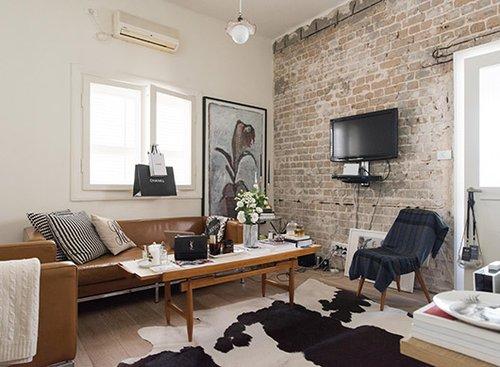 בדירה של רוזה סיניסקי. צילום: נמרוד סונדרס