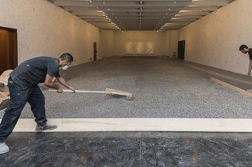 הקמת התערוכה של איי וייווי במוזיאון ישראל