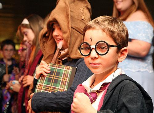 כישופים זה בכלל של גויים. מעריץ הארי פוטר (צילום: Getty Images)
