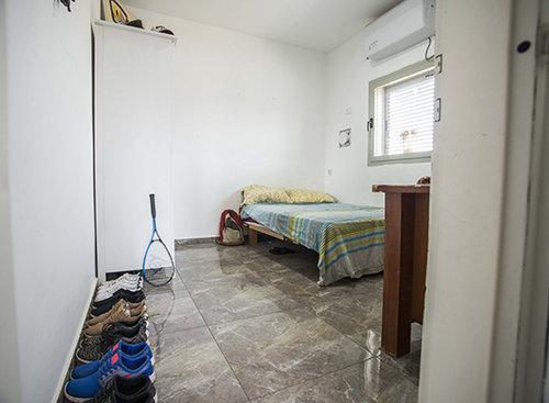 דירת שותפים ביפו (צילום: דניאל ז'קונט)