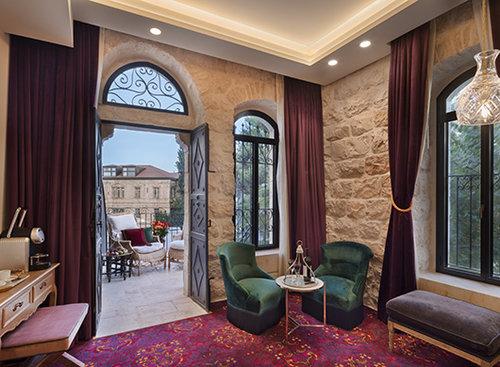 הסוויטה במלון בראון בירושלים. צילום: אסף פינצ'וק