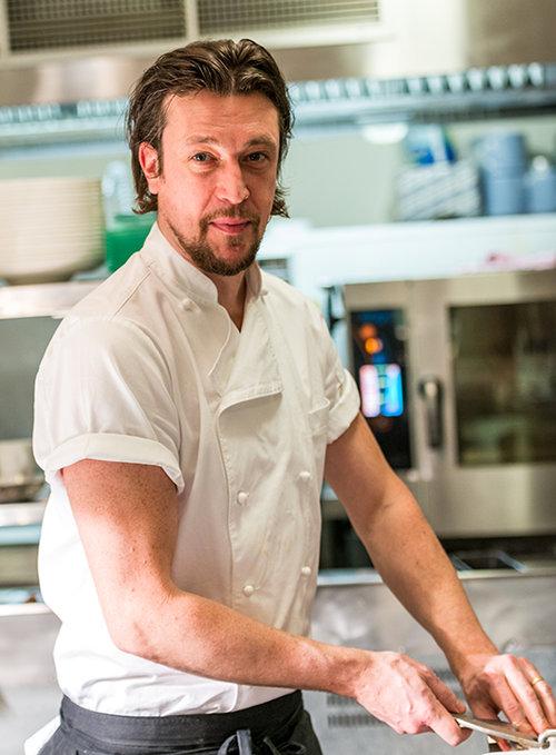 מייקל סמיט, שף מסעדת Lochbay: שגריר המטבח הסקוטי