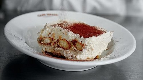 טירמיסו קלאסי מבית קפה איטליה. צילום: מיכל רביבו