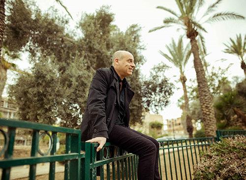 עומר קריגר (צילום: פיליפ גלדסאם)