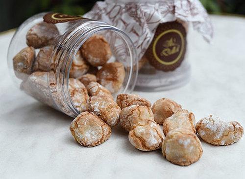 עוגיות אמרטי, דלאל הקונדיטוריה. צילום: מאיר כהן