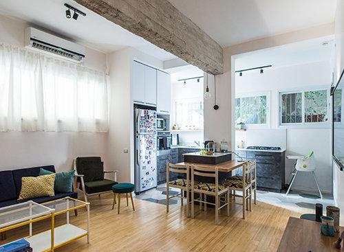 בדירה של מירב ואביעד צ'רניחובסקי. צילום: נמרוד סונדרס