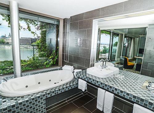 מלון לאנצי'ד בבודפשט. צילום: אתר בוקינג