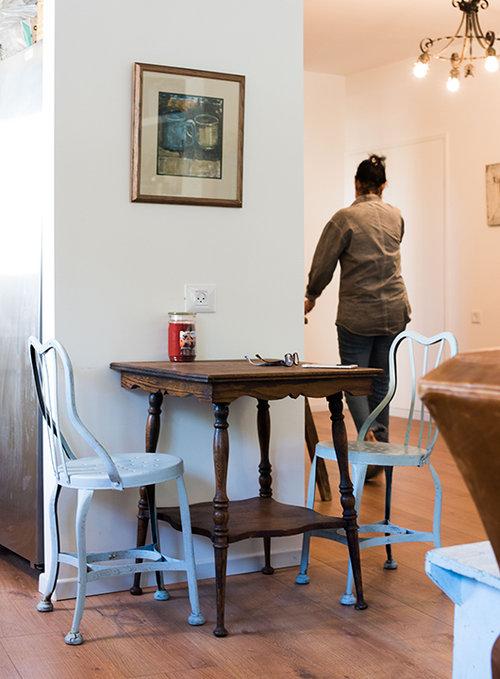 בדירה של צביה ובועז לאור. צילום: נמרוד סונדרס