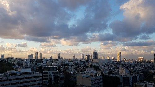 הנוף מהקומה ה-13 (צילום: עדי עוז)