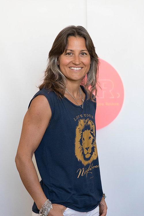 טביאה, אופליגר, בעלת העסק החברתי Kite.pride, המעסיק נשים שנחלצו ממעגל הזנות. צילום: דין אהרוני רולנד