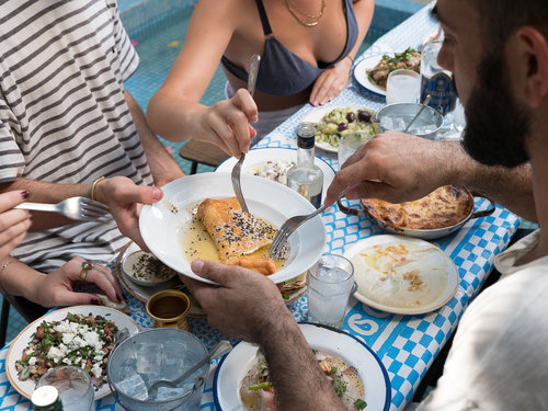 טברנה יוונית בגרקו (צילום: אנטולי מיכאלו)