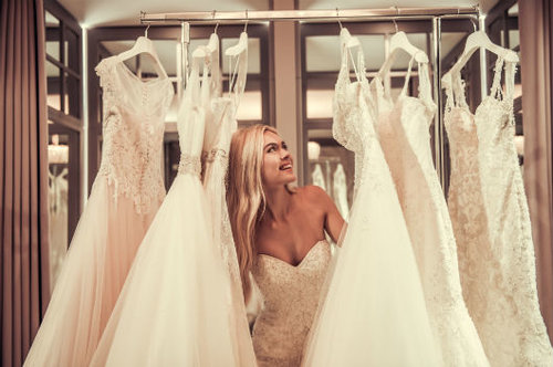 המרדף אחר השמלה. צילום: שאטרסטוק