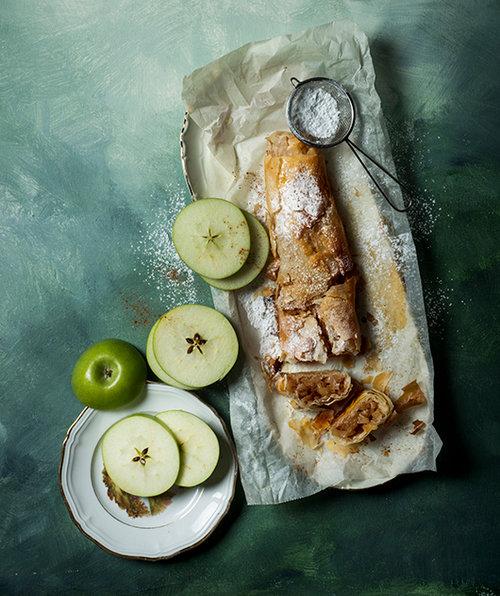 שטורדל תפוחי עץ. צילום: בן יוסטר
