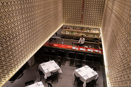 מסעדת דקא. צילום: אנטולי מיכאלו