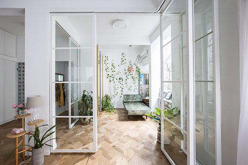 בדירה של שירי סאן. צילום: הילה עידו