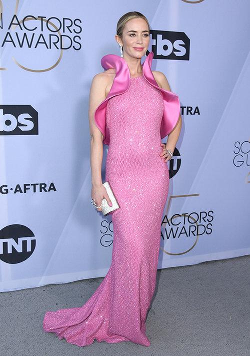 כן אחותי! אמילי בלאנט בשמלת הואגינה. צילום: GettyImages