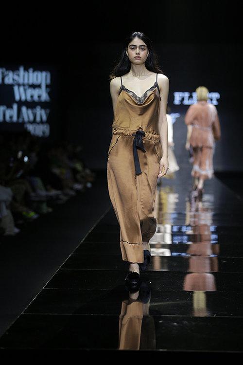 אניה פליט לשבוע האופנה. צילום: אבי ולדמן