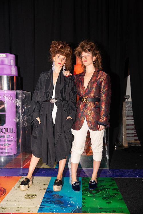 ה-seestarz בבגדים של NEWS, קצת Gucci וגם טופ מן. צילום: אור רוזנברג